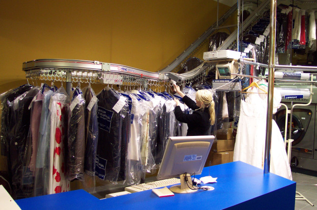 Garment Conveyors For Dry Cleaners Amp Hotels Hiemac