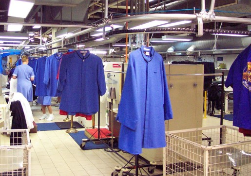 Screw Conveyor Dry Cleaning And Apparel Handling Hiemac